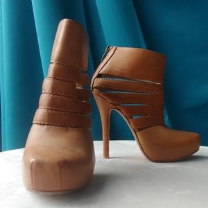 House of Harlow Leather Cutout Booties